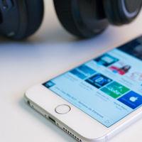 Apple elimina de iTunes los podcasts conspiracionistas y que promueven el odio