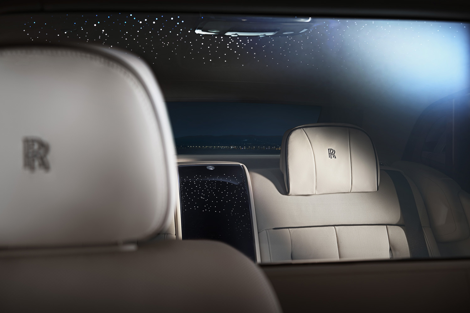 Foto de Rolls-Royce Phantom Privacy Suite (37/42)