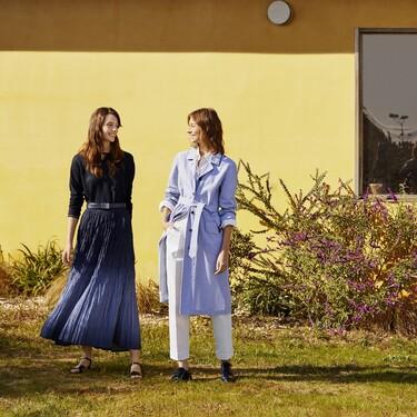 Ines de la Fressange repite con Uniqlo y lanza una colección inspirada en el estilo marinero de los balnearios parisinos