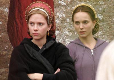 Scarlett Johansson y Natalie Portman en el rodaje de 'The Other Boleyn Girl'