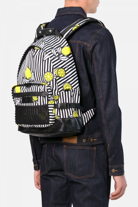 Primavera limón: la mochila de Alexandre Mattiussi (AMI)