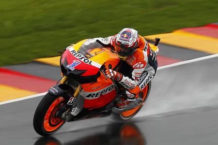 MotoGP Alemania 2012: Sandro Cortese, Casey Stoner y Marc Márquez poles bajo el aguacero