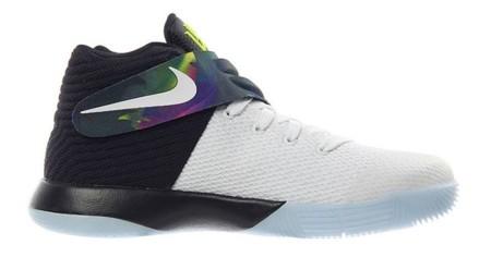 Parade Nike Kyrie 2