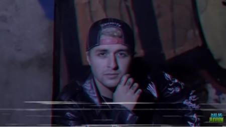El 'Roast Yourself' de Dalas ya tiene videoclip y el resultado no sabemos si mejora al del primer intento