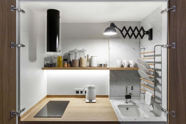 Studio Bazi Moscow Apartment Kitchen Counter 1466x977