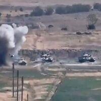 18 muertos y artillería pesada: el conflicto entre Azerbaiyán y Armenia se ha recrudecido y amenaza con la guerra