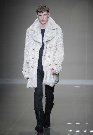 Foto de Burberry Prorsum, Otoño-Invierno 2010/2011 en la Semana de la Moda de Milán (9/16)