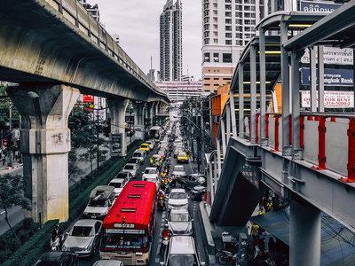Las ciudades con más tráfico del mundo según TomTom: la ruta puede durar hasta un 66% más que sin atascos