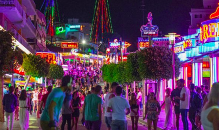 Adios al balconing y al turismo de borrachera en las Islas Baleares