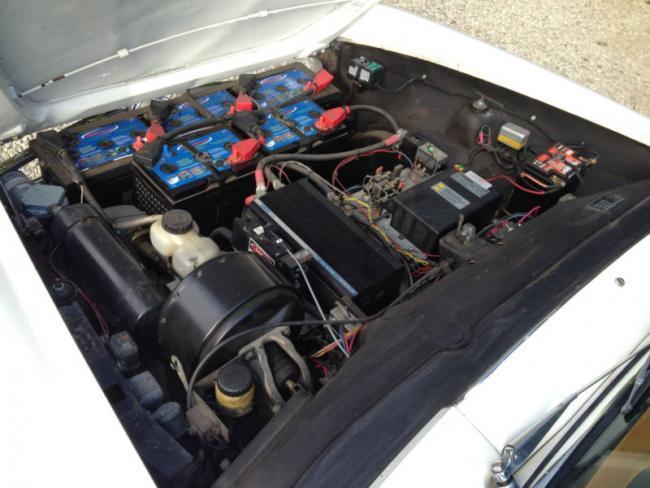 Mercedes SL 1965 eléctrico - motor y baterías