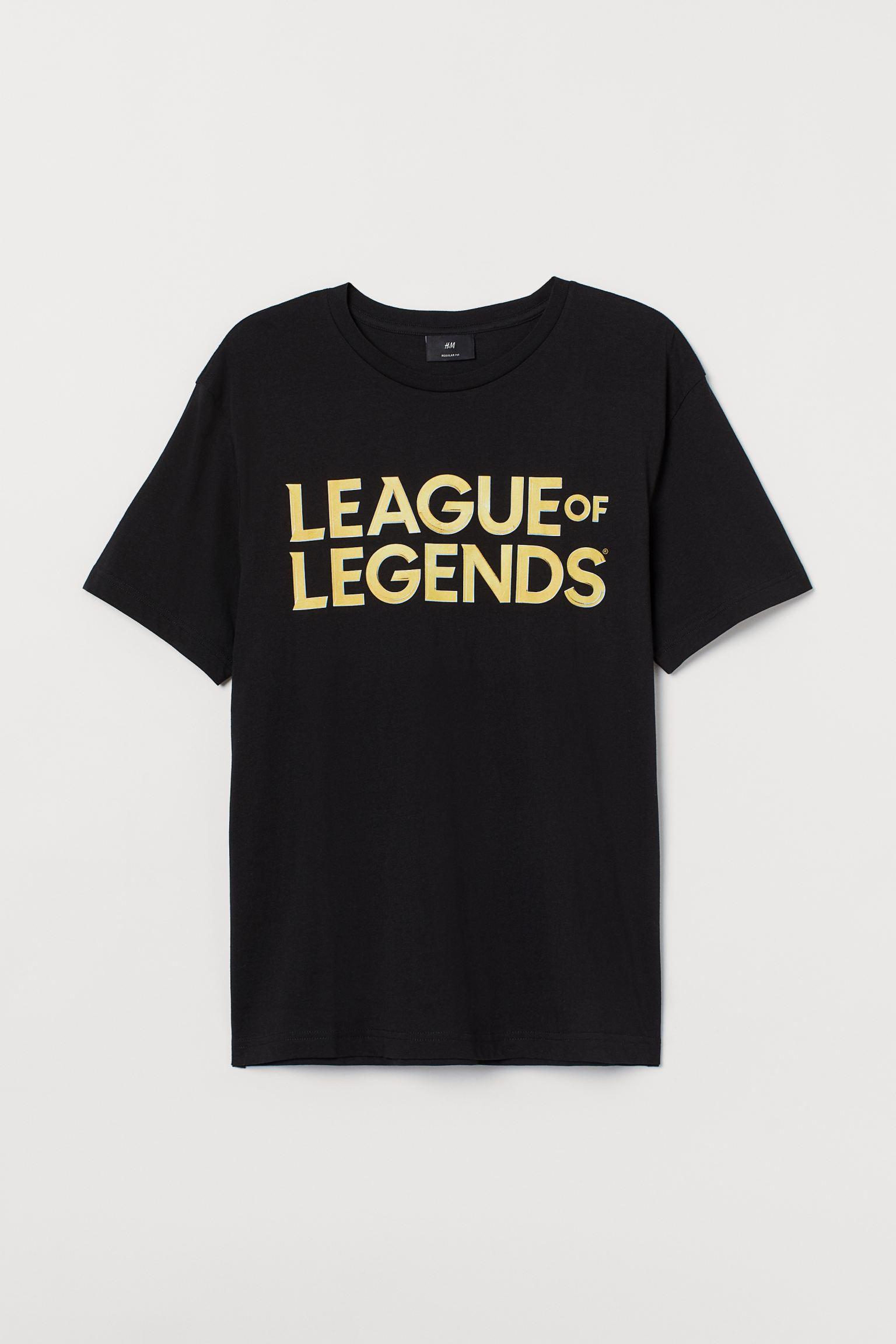 Camiseta con logo de League of Legends bordado