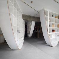 La estantería Kallax de Ikea reinterpretada por el arquitecto japonés, Takayoshi Kitagawa
