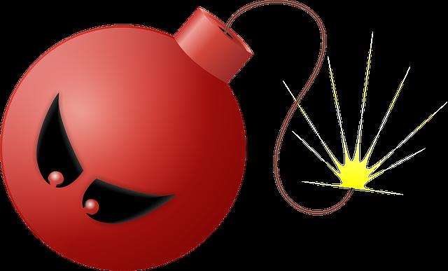 Bomba roja con cara de enfado.