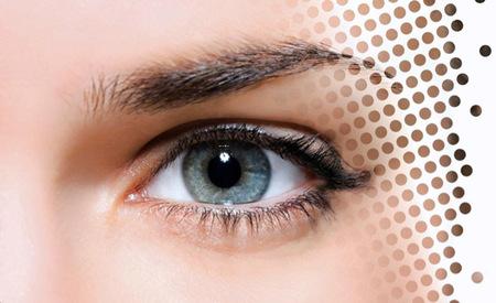 """Para que nuestra piel no parezca tratada con Photoshop, """"Global Perfect Pore Minimizer"""" de Sisley"""