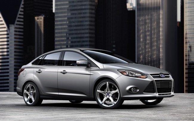 Ford-Focus-2012-4