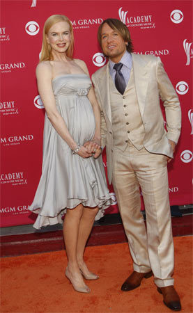 Nicole Kidman es una mamá radiante