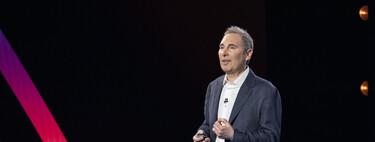 Quién es Andy Jassy: el ejecutivo detrás del meteórico éxito de AWS elegido para sustituir a Bezos como CEO de Amazon