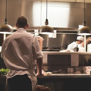 Canadá busca cocineros mexicanos para trabajar por 34 mil 200 pesos mensuales
