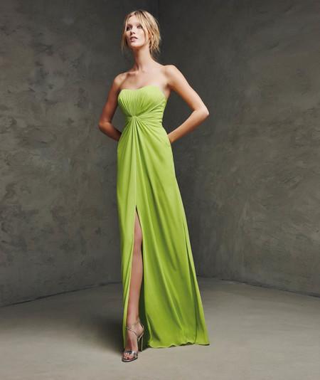 1534e87ff38 Encuentra el look perfecto de boda con los vestidos de fiesta de ...