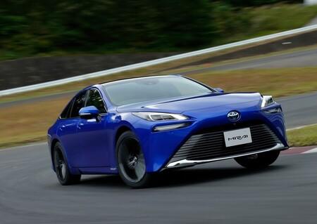 Toyota Mirai 2022 1280 03