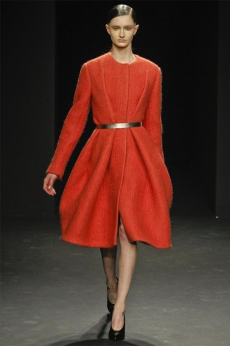 Calvin Klein Otoño-Invierno 2012/2013: minimalismo lady chic