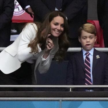 El look de Kate Middleton en la final de la Eurocopa con blazer de Zara