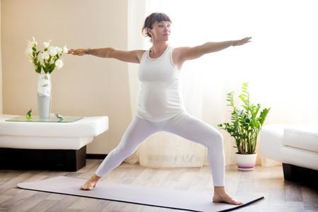 siete posturas de yoga para embarazadas asanas para el