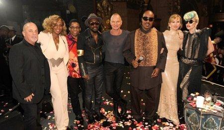 Lady Gaga, toda una diva entre monstruos en el cumple de Sting