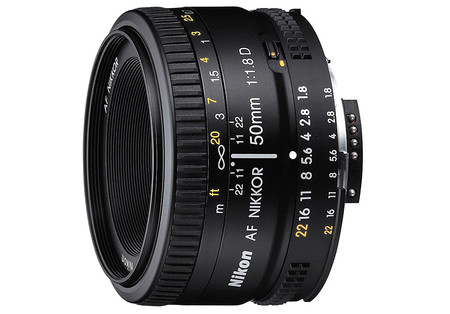 Nikon 50mm F18