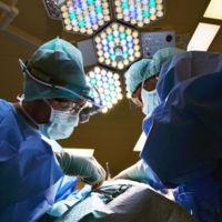 """Suturas y vendajes inteligentes: lo """"smart"""" también llega a los quirófanos"""