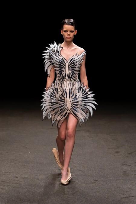 Iris Van Herpen Haute Couture Ss 2021 02