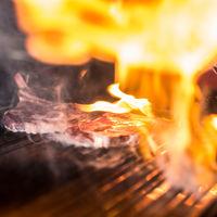 """Instagram se ha enamorado de la cuenta de este chef que se hace llamar a sí mismo """"Steak Genius"""""""