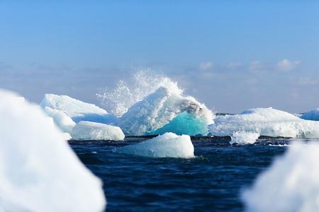 Remolcar icebergs desde la Antártida a Ciudad del Cabo: una posible solución a la severa sequía que azota a la ciudad