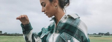 Esta es la sobrecamisa a cuadros de Zara que triunfa en redes sociales