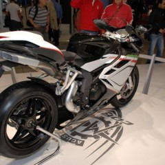 Foto 18 de 30 de la galería mv-agusta-f4-2010-galeria-en-alta-resolucion en Motorpasion Moto