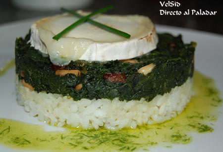 Espinacas con arroz y queso de cabra