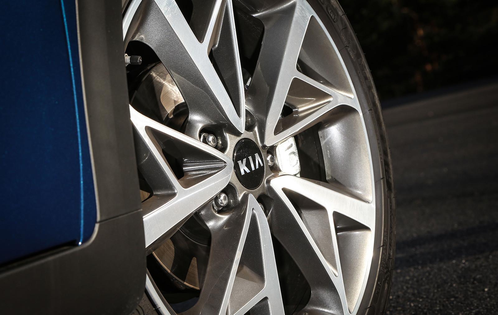 Foto de Kia Niro Eco Hybrid 2020 (7/21)