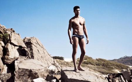 Trendencias Hombre escoge las tendencias de baño del verano