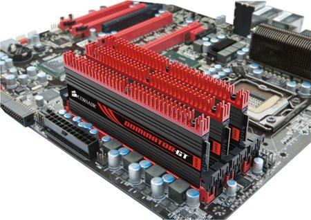 Corsair Dominator GT. 32GB de RAM a 1866MHz para entusiastas con posibles