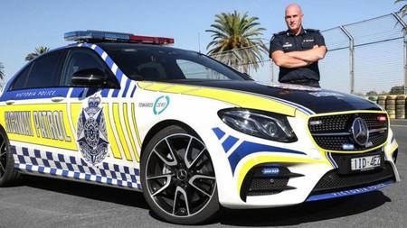La policía de Australia compró un nuevo Mercedes-AMG E43, pero no por los motivos que imaginas