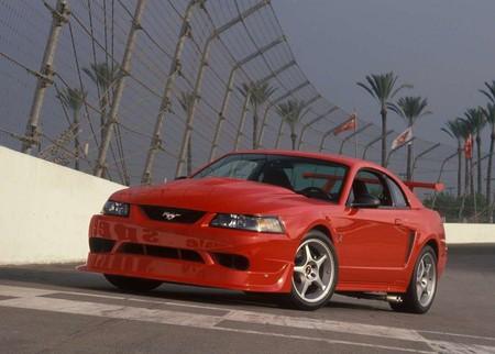 Ford Mustang Svt Cobra R 2000 1280 01