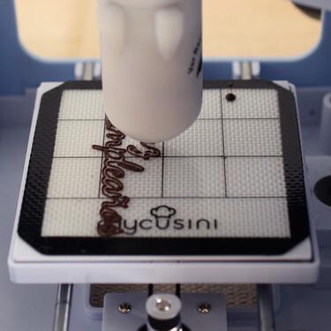 Probamos la impresora 3D mycusini Choco Printer: imprime tus propios chocolates creativos de forma fácil y rápida