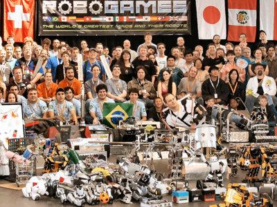 Mexicanos triunfan en los RoboGames 2016