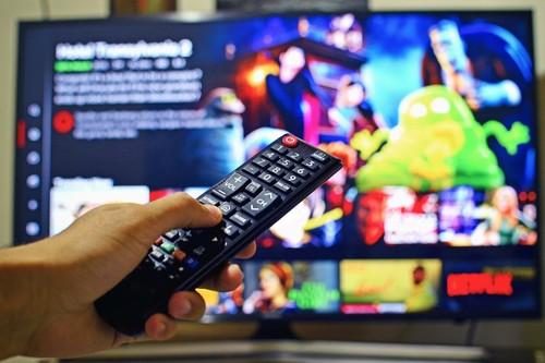 Desciende las descargas de series y películas mientras suben los servicios VOD y la tele de pago, asegura el último 'Navegantes'