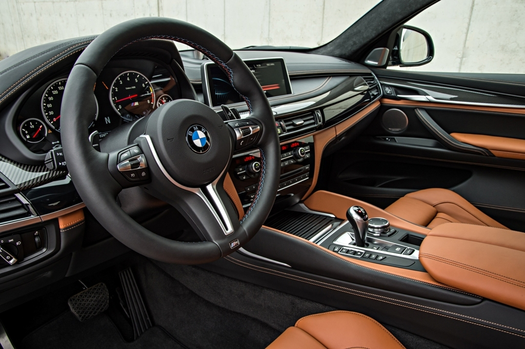 foto de bmw x5 m y bmw x6 m precios versiones y. Black Bedroom Furniture Sets. Home Design Ideas