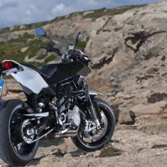 Foto 19 de 111 de la galería husqvarna-nuda-900-y-900r-datos-y-fotos-oficiales en Motorpasion Moto