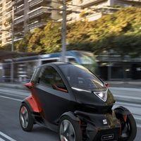 SEAT presenta su propio Twizy: se llama Minimó, un 'coche' eléctrico con una autonomía de 100 km
