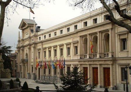 El Senado aprueba la Ley Sinde gracias al pacto entre PP, PSOE y CiU