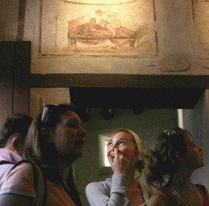 Reabre el burdel de Pompeya...para mostrar frescos!