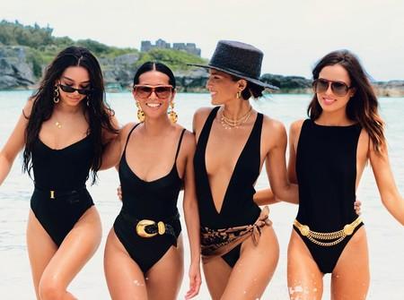 Este verano, ante la duda, elige un bañador de color negro